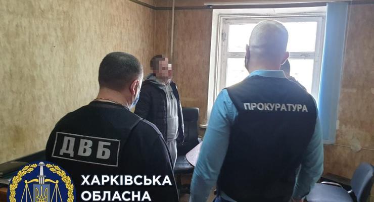 Четырех харьковских полицейских подозревают в избиении