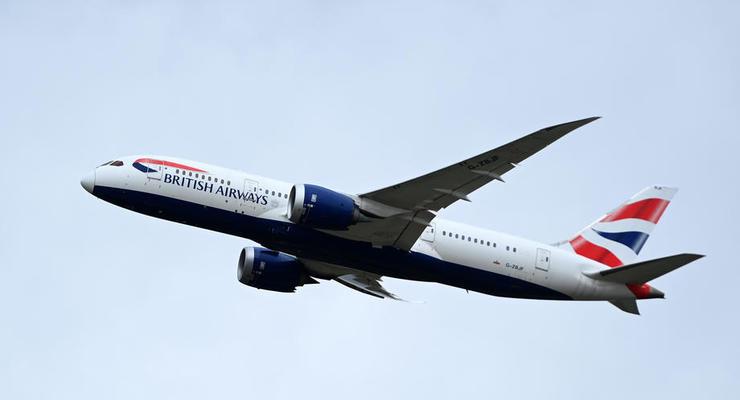 Британия прекратила авиасообщение с Беларусью
