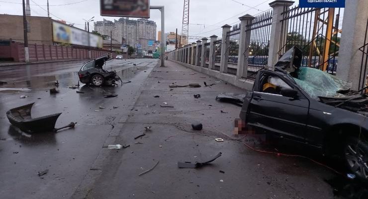 Смертельное ДТП в Одессе: Машину разорвало на две части