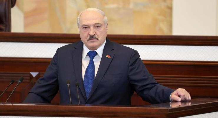 """""""Мир одурел, война может вспыхнуть в любой момент"""", - Лукашенко"""