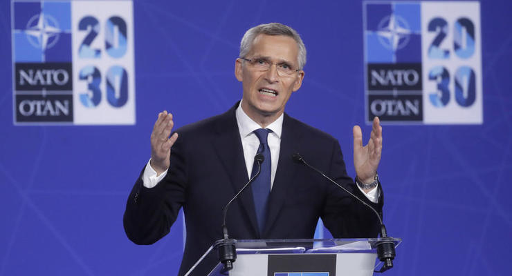 НАТО призвал Россию прекратить поддержку боевиков на Донбассе