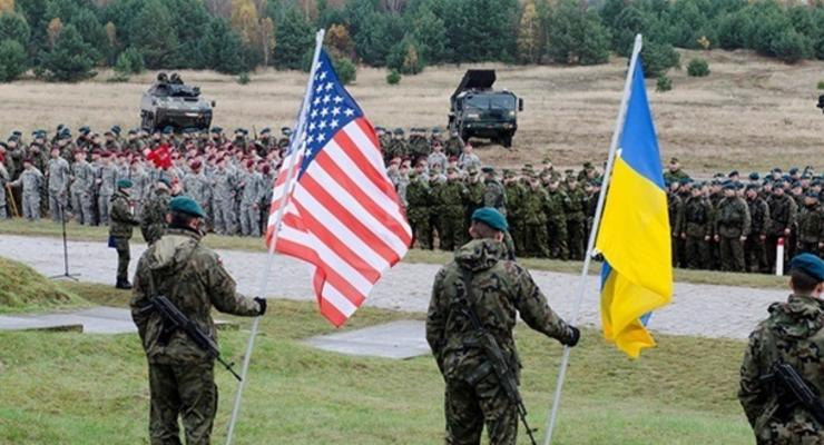 США заморозили военную помощь Украине – СМИ