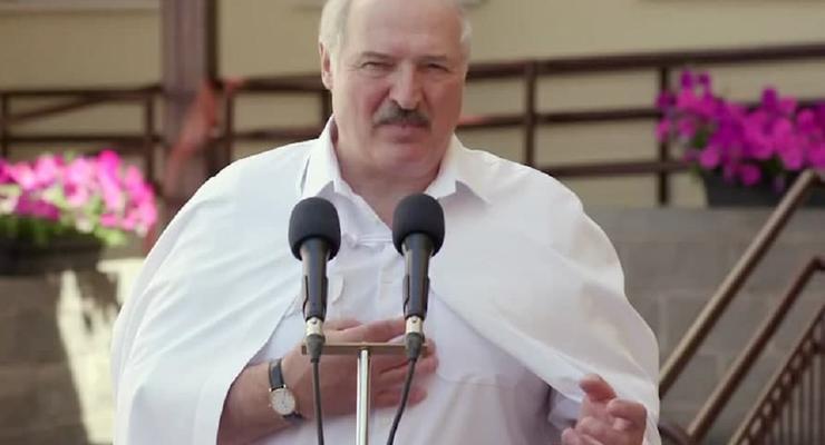 Беларусь не будет принимать самолеты из Украины, – Лукашенко