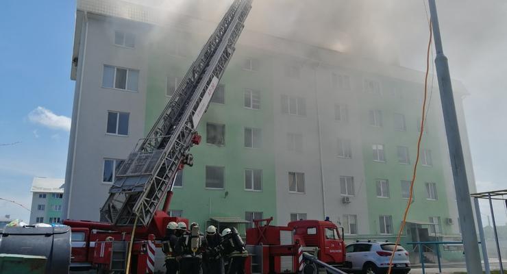 Взрыв в многоэтажке под Киевом: ГСЧС говорит о взрывном устройстве