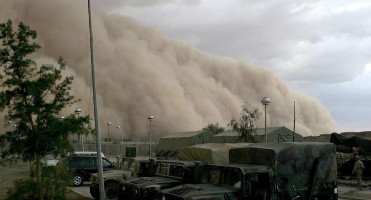 На Восточную Европу идет огромное облако пыли из Сахары