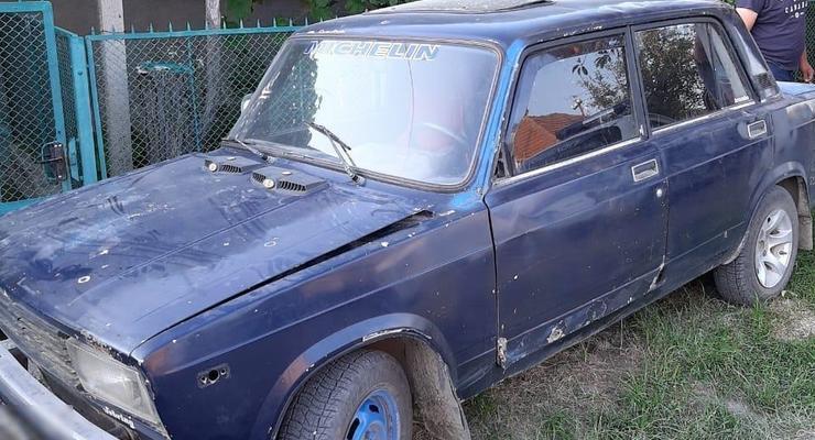 Закарпатец украл и продал машину односельчанина, пока он был в магазине