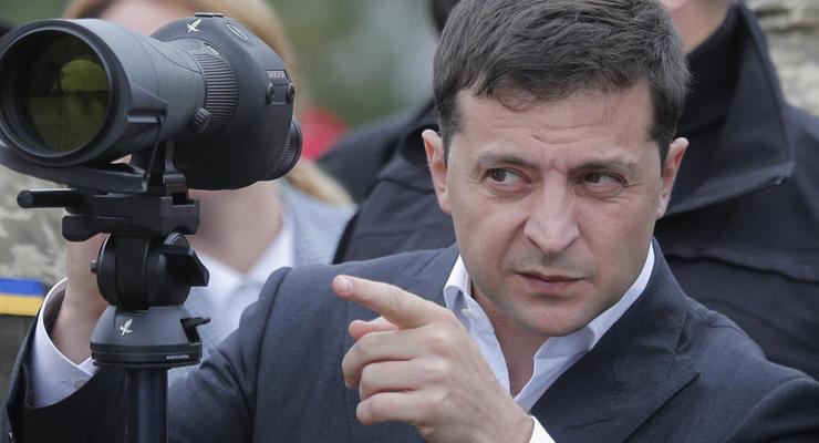 Зеленский смог бы снова победить на выборах, - опрос