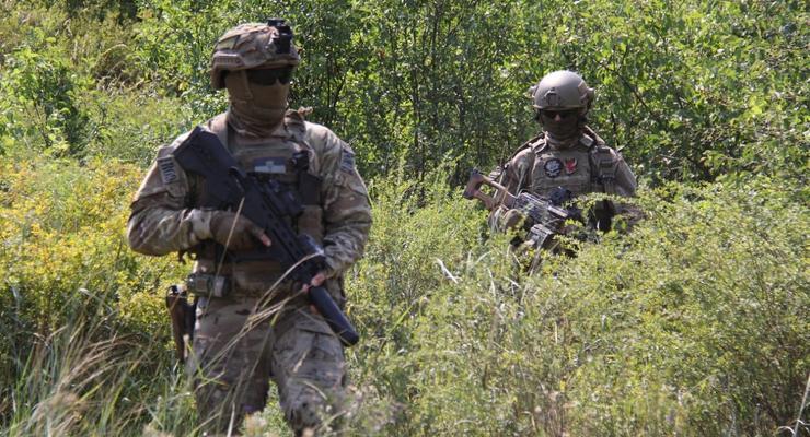 """На Донбассе боевики три раза нарушили """"тишину"""": Есть раненый"""