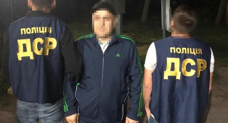 """Из Украины выдворили """"криминального авторитета"""" из списка СНБО"""