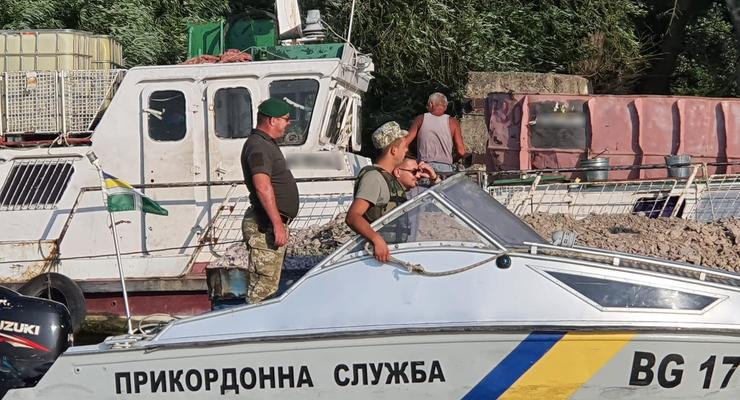 Не та река: Румынское судно проникло во внутренние воды Украины