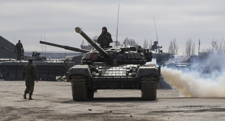 """На Донбассе российские офицеры крадут """"зарплаты"""" боевиков – разведка"""