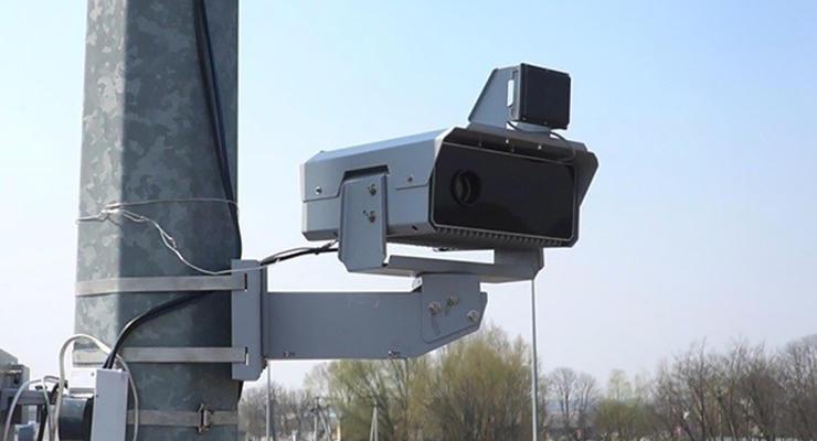 Сегодня в Украине заработают камеры фиксации нарушения ПДД: Где они установлены