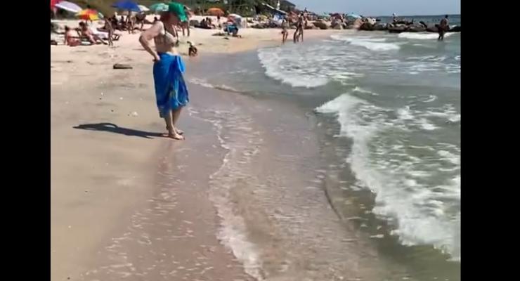 Медузы ушли с пляжей Азовского моря