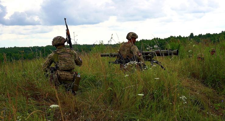 "Обстановка на Донбассе: Боевики нарушили ""тишину"" 13 раз за сутки"