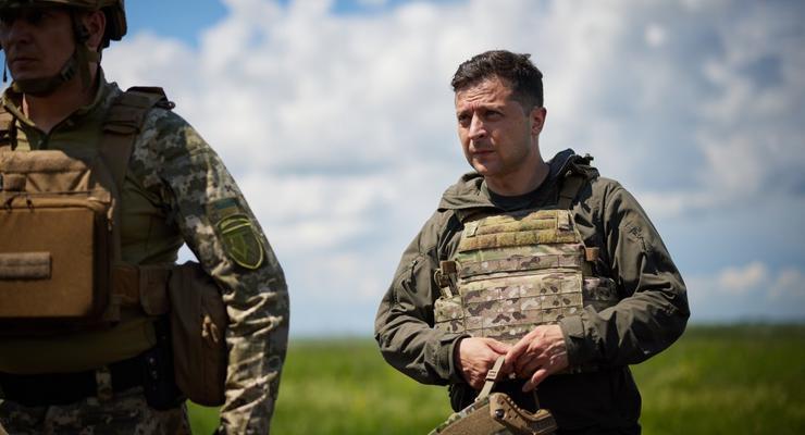 """""""Страна будет обороняться"""": Зеленский подписал два важных закона"""
