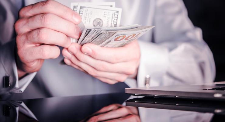 Банкир украл почти полмиллиарда гривен, его будут судить