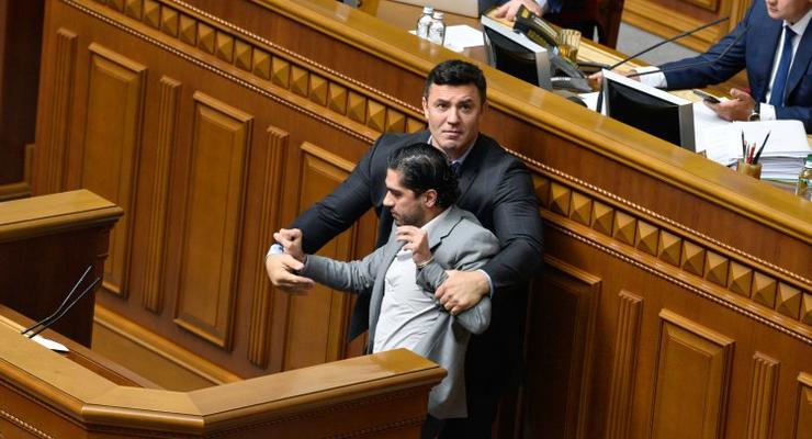 Тищенко сходил в церковь и помолился за здоровье Лероса