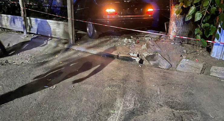 Массовое ДТП в Днепре: Шесть человек пострадали, среди них дети