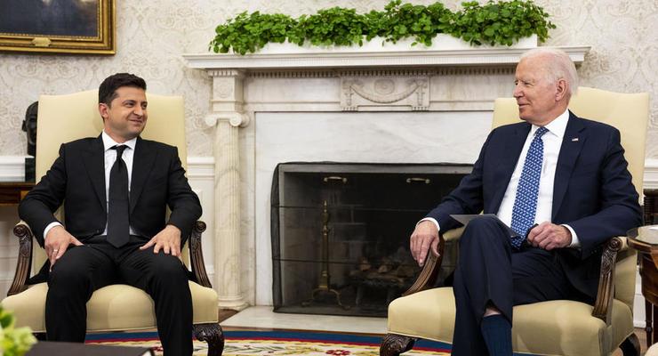 США должна усилить присутствие в Украине, – Зеленский