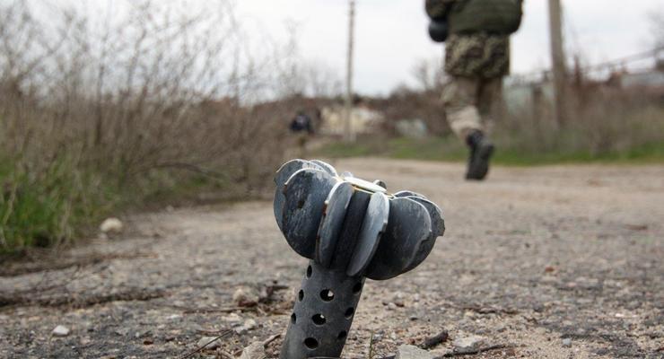 На Донбассе боевики ранили украинского солдата