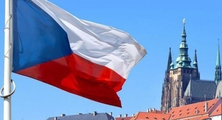 В Чехии в больницу попали действующий и бывший президенты