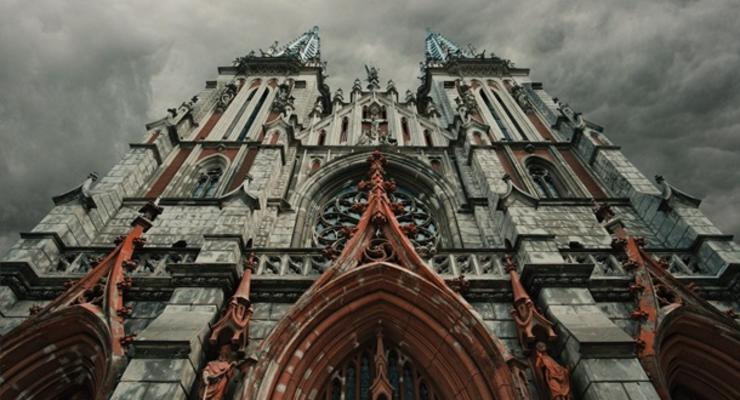 На восстановление костела в Киеве собрали почти 16 млн гривен