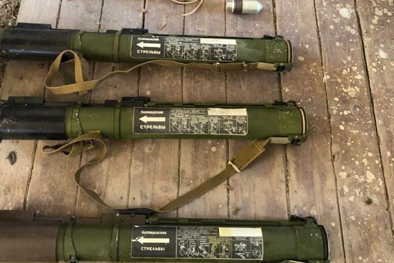 На Закарпатье нашли тайник со взрывчаткой и гранатами / ssu.gov.ua