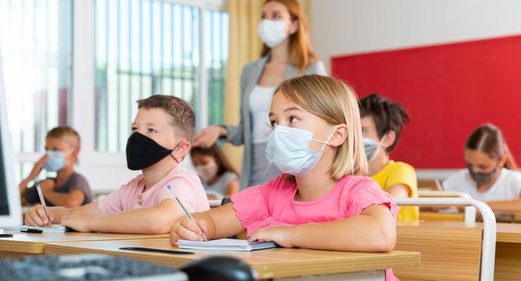 Известно, сколько киевских школ закроют после усиления карантина