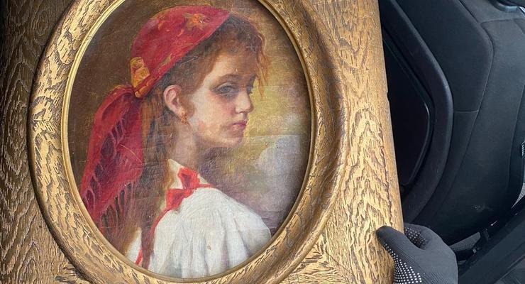 Иностранец попался на контрабанде старинной книги и картины, – ГПСУ