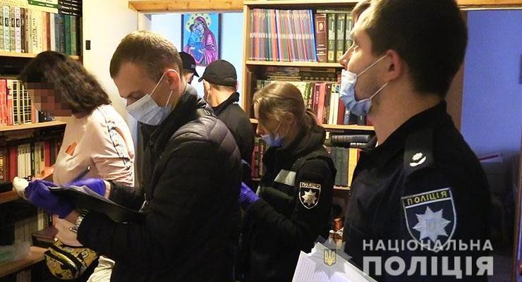 В Киеве мужчина до смерти избил гантелей свою мать