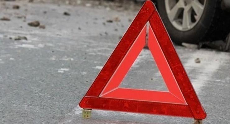В Херсоне водитель на переходе сбила девушку с маленьким ребенком