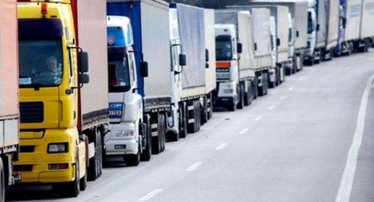 Азербайджан увеличил квоты для украинских перевозчиков