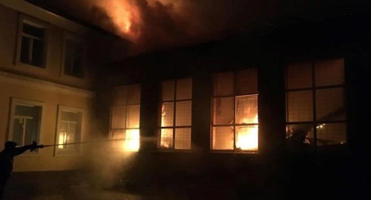 В школе под Харьковом сгорел спортзал