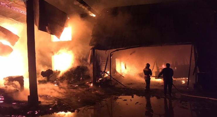 В Закарпатье при пожаре на предприятии погиб сторож