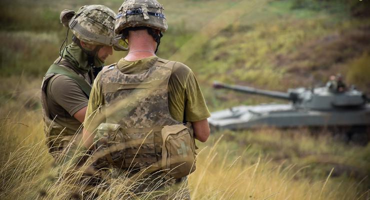 Сутки в ООС: Боевики 12 раз обстреляли Донбасс, есть раненые