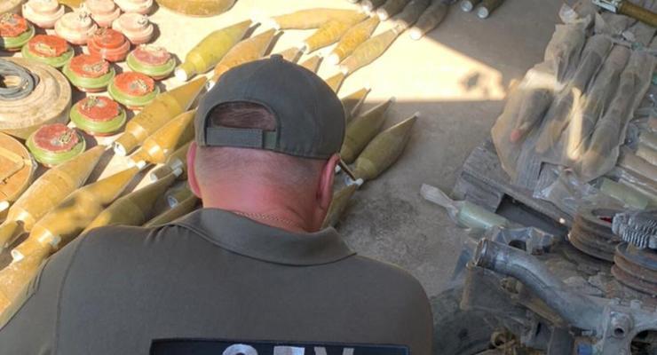 На Донбассе нашли три тайника диверсионных групп боевиков