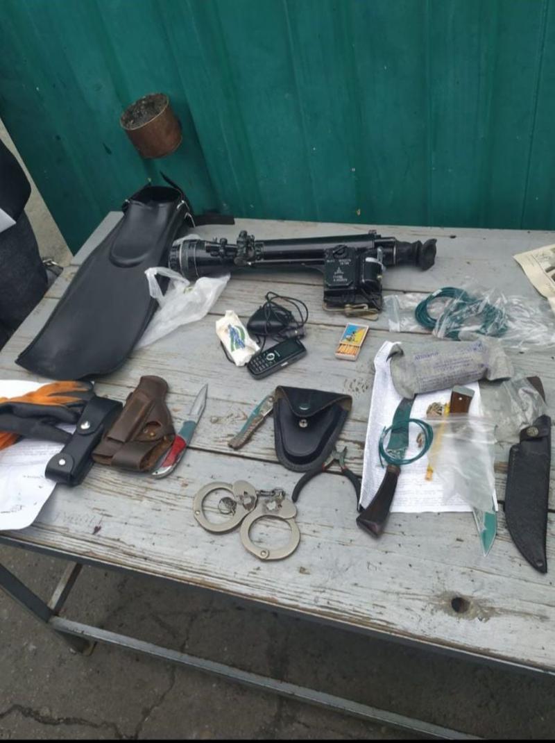 У женщины нашли ночной снайперский прицел / facebook.com/pressjfo.news/