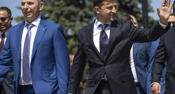 Опрос: Зеленский нарастил рейтинг, Порошенко – растерял