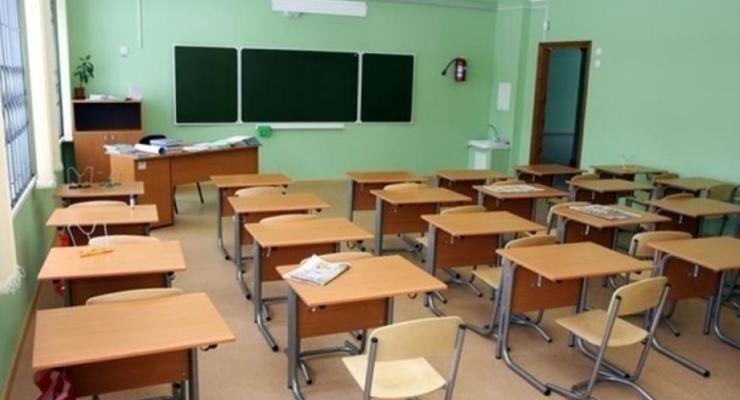 Шкарлет: Учителям не будут урезать зарплату за дистанционку