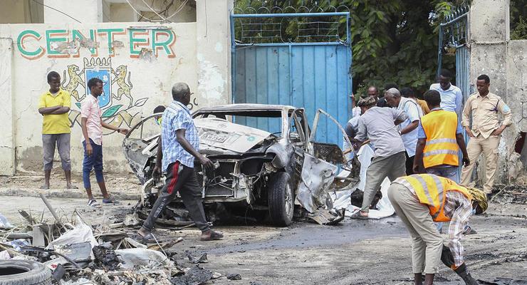 В Сомали автомобиль со взрывчаткой взорвался возле президентского дворца