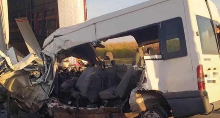 В серьезном ДТП в Венгрии погиб украинец