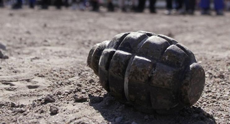 Вместо грибов в лесу женщина нашла гранату