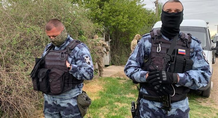 Двух экс-работников СБУ отдали под суд за пытки активиста