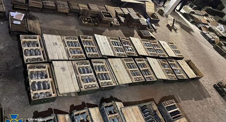 СБУ блокировала распродажу боеприпасов с армейского склада в Николаеве