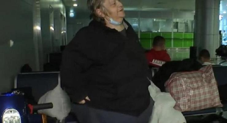 Американец месяц живет в терминале Борисполя