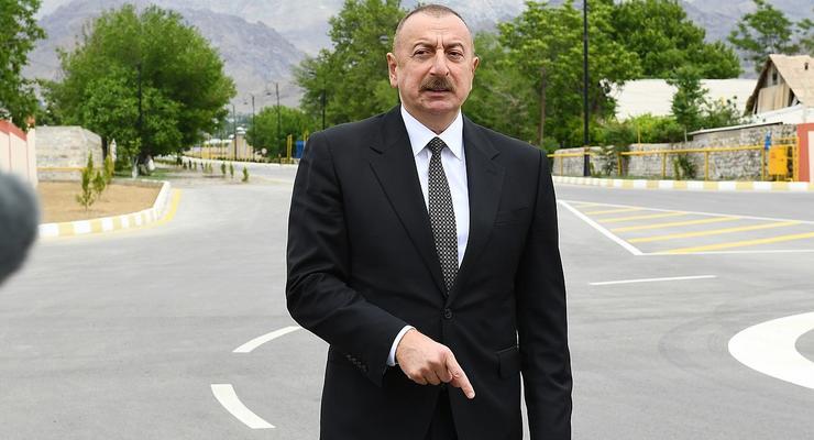 Азербайджан не даст автономию Карабаху, - Алиев