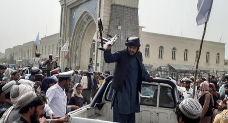 Афганистану грозит финансовый коллапс