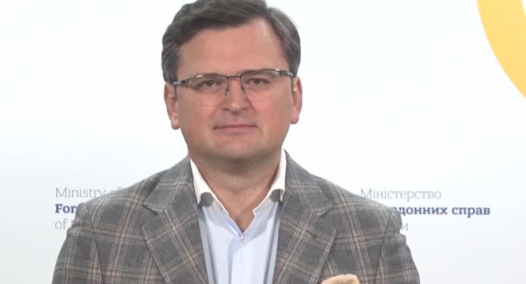 """Кулеба о возможной отмене безвиза Украины с ЕС: """"Ничего не угрожает"""""""