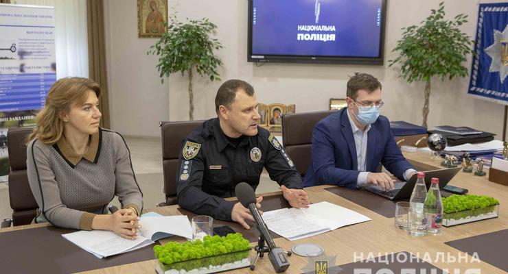 Полиция проверит Сovid-сертификаты украинцев - детали