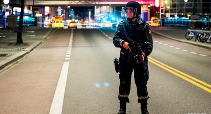 В Норвегии мужчина стрелял из лука в толпу